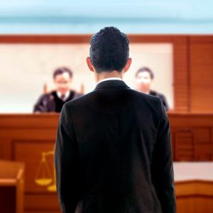 特定した犯人に対する刑事告訴